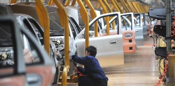 Власти Китая заставили производителей делать экономичные автомобили