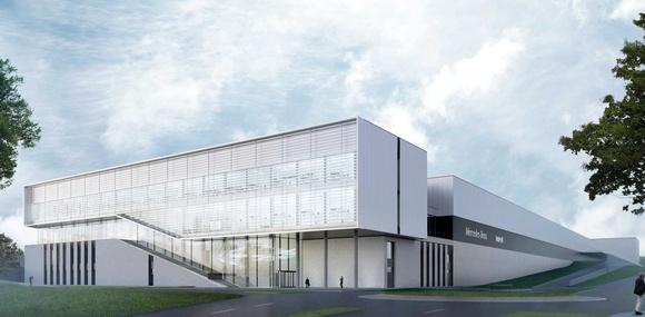 Mercedes-Benz показал на видео высокотехнологичный завод будущего
