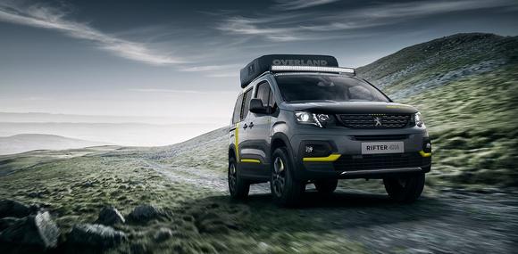 Peugeot Rifter превратили в «дом на колесах»