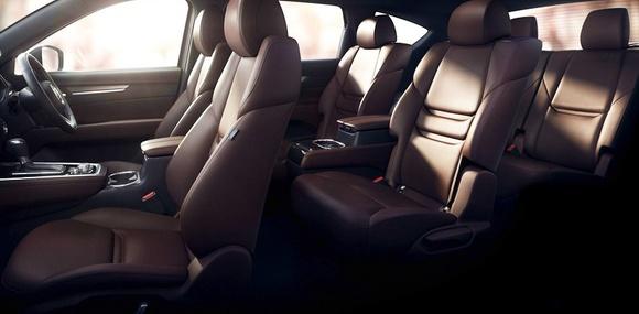 Семиместный кроссовер Mazda CX-8 появится в конце года