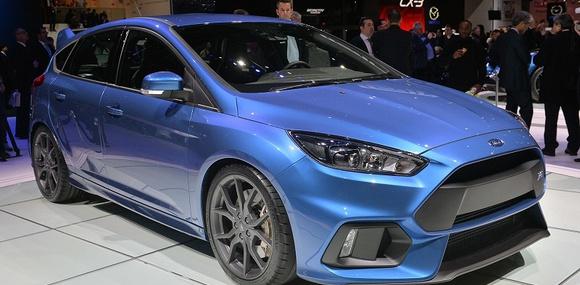 Ford показал Европе Focus RS с «дрифт-кнопкой» и суперкар GT 250
