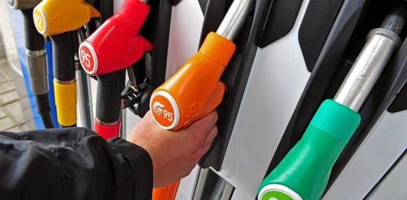 Цена на «95-й» бензин достигла 30 грн/л
