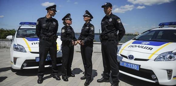 Президент подписал закон «О национальной полиции»