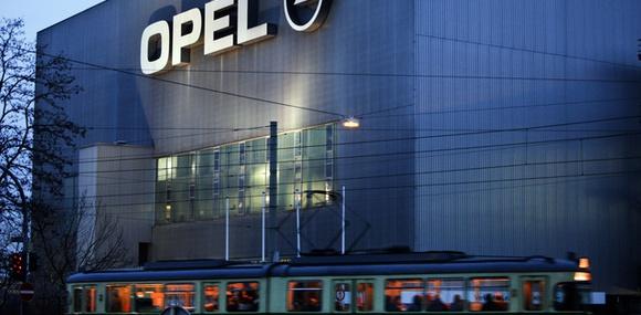 Opel сокращает производство в России