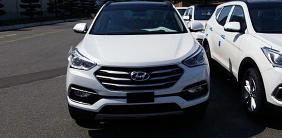 Фото обновлённого Hyundai Santa Fe попали в сеть