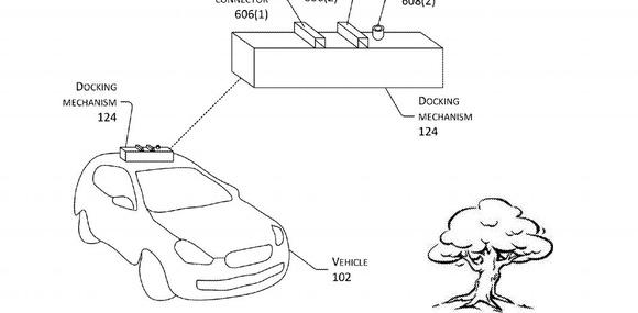 Amazon запатентовала дрон для подзарядки электромобилей в движении