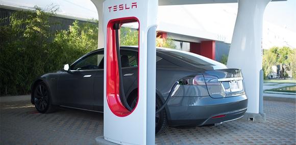 Tesla разместит в Украине зарядные станции Supercharger