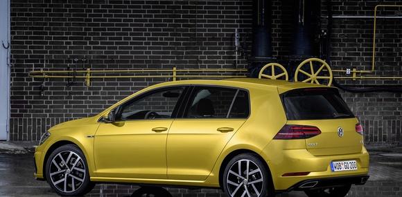 Volkswagen Golf утратил звание бестселлера Европы. Впервые за семь лет