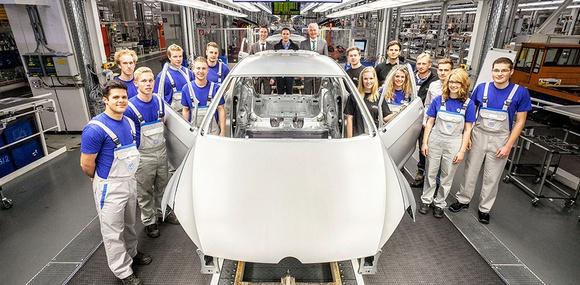 Особый Golf GTI разработают стажеры Volkswagen