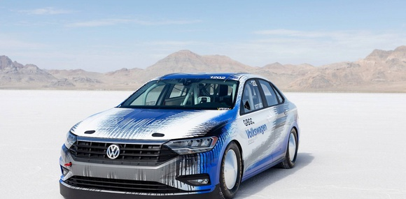 Volkswagen Jetta установил рекорд скорости на озере Бонневилль
