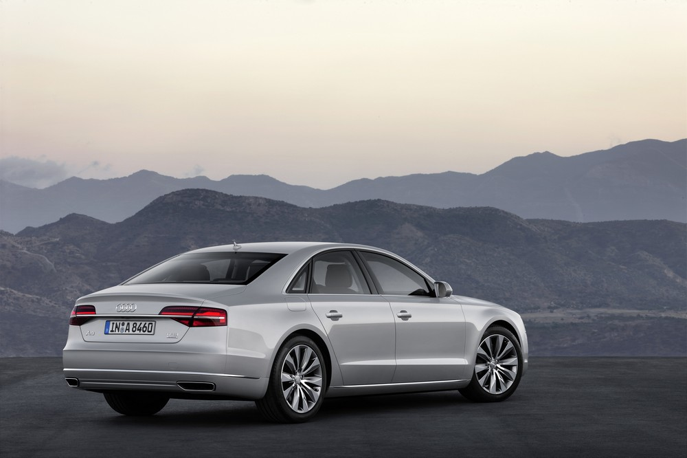 Audi A8 2014 — экстерьер, фото 2