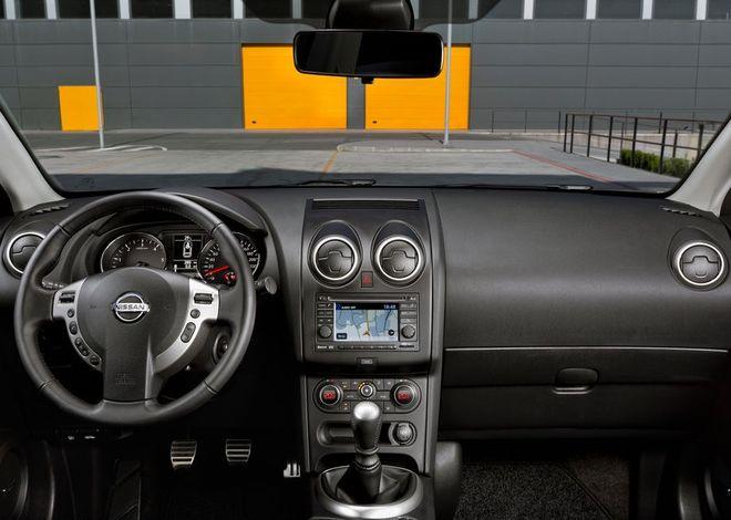 Nissan Qashqai — интерьер