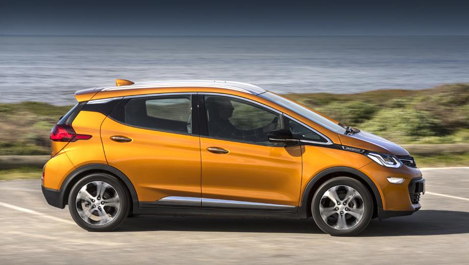 Opel Ampera-E оснащен 204-сильным мотором, аккумуляторной батареей емкостью 60 кВт⋅ч и силовой электроникой корейской LG Chem. Запас хода по европейскому циклу NEDC – свыше 500 км.