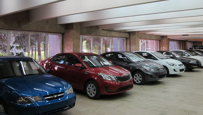 Автосалоны подержанные иномарки в москве автоломбард в омске продажа