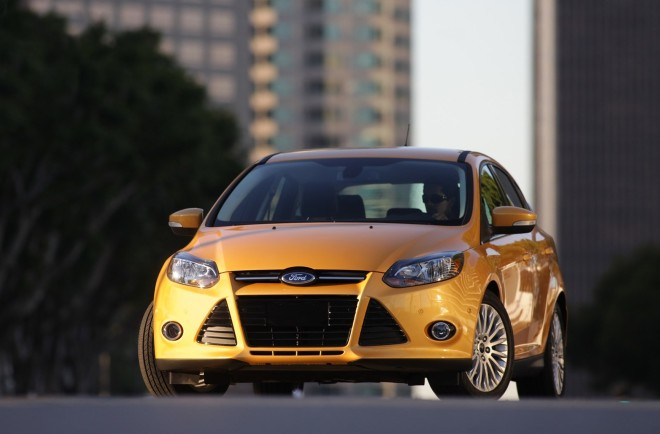 Ford Focus — экстерьер, вид спереди