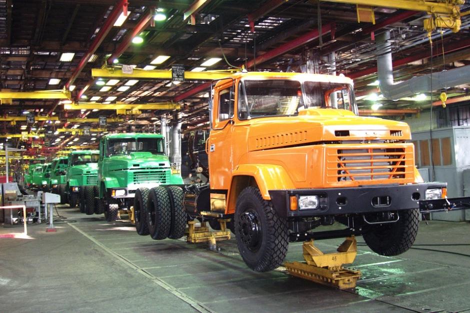 Змиевский машиностроительный: еще один завод Украины выступил против Порошенко