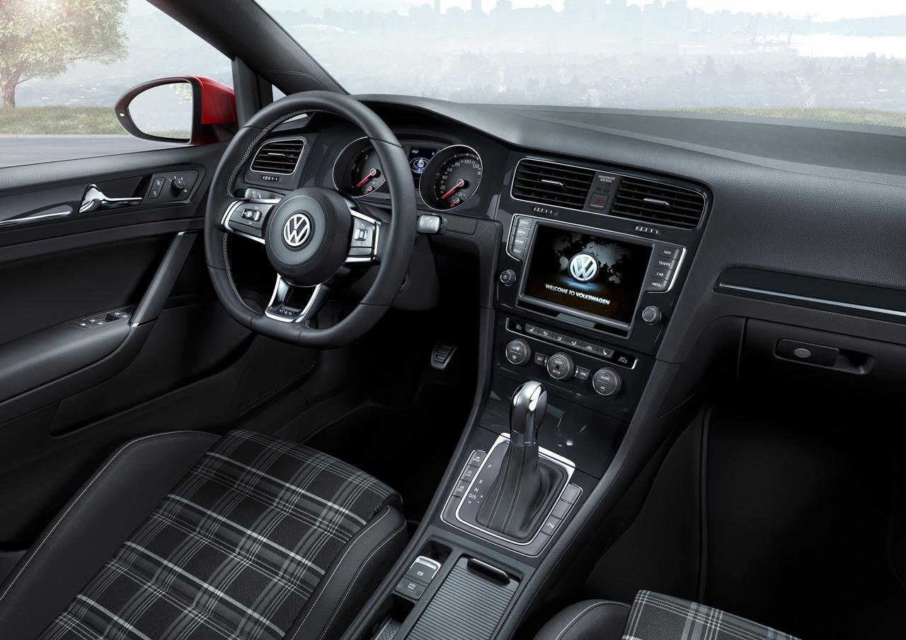 Салон Volkswagen Golf GTD 2013